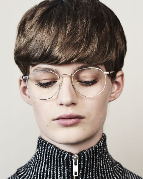 Neil rund Metall glasses in Satin Silver by Ace & Tate
