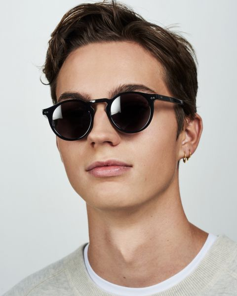 Benjamin rund Bio-Acetat glasses in Bio Black by Ace & Tate