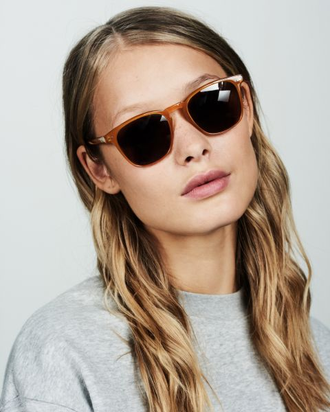 Hudson square acetate glasses in Caramel by Ace & Tate