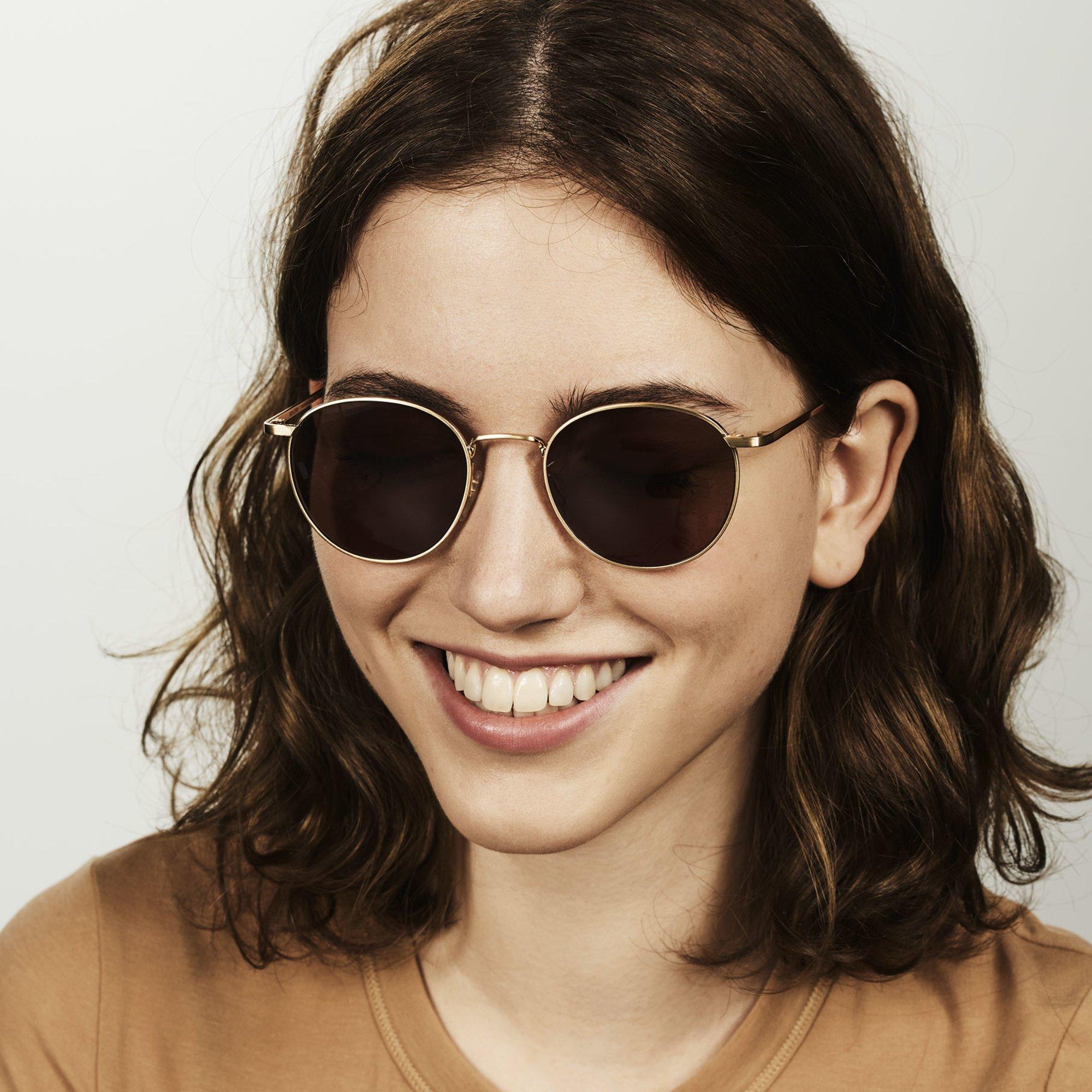Ace & Tate Sunglasses | redonda metal in Oro