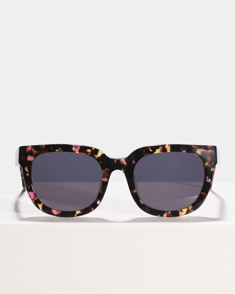 Kat quadratisch Acetat glasses in Cosmic Girl by Ace & Tate