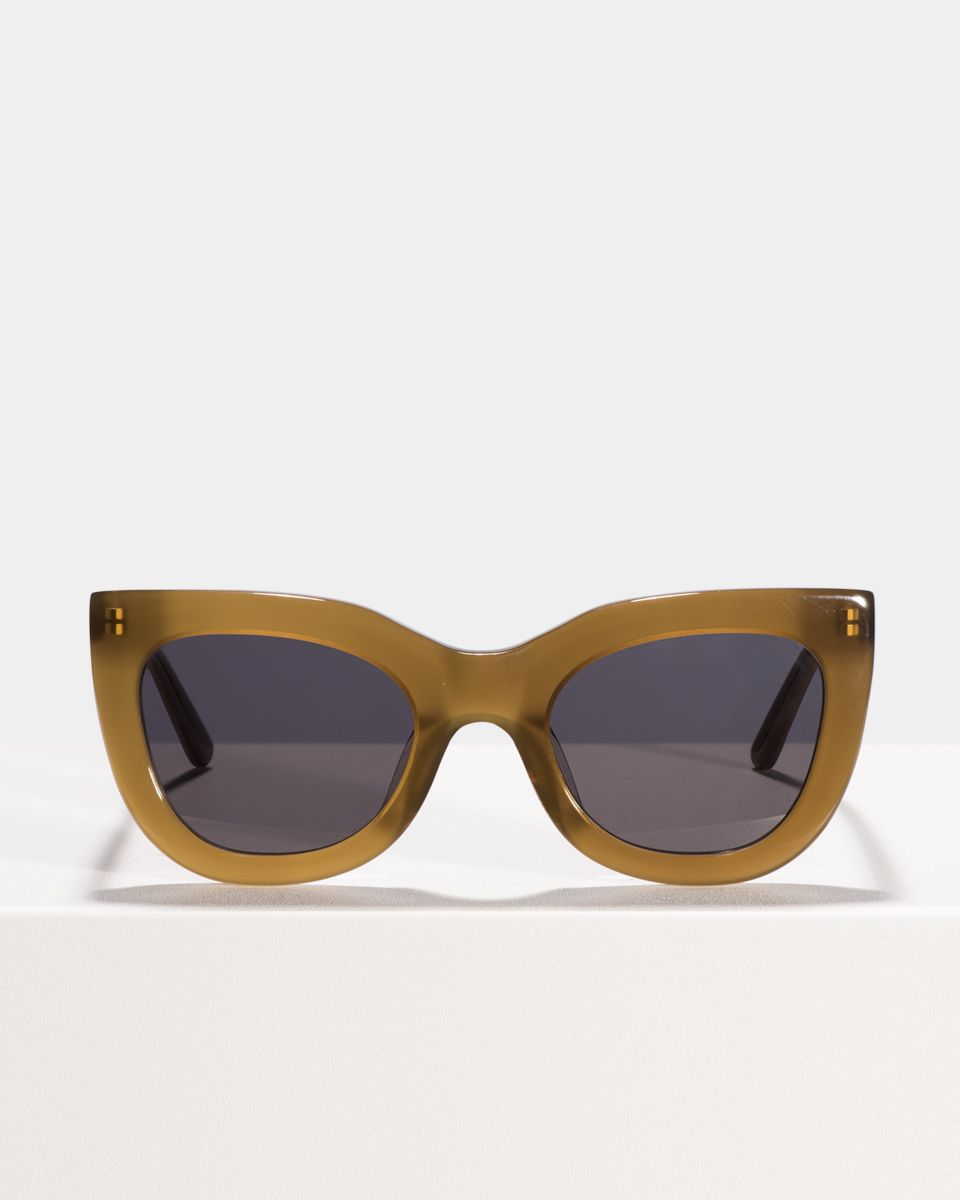 Katie rund Acetat glasses in Latte by Ace & Tate