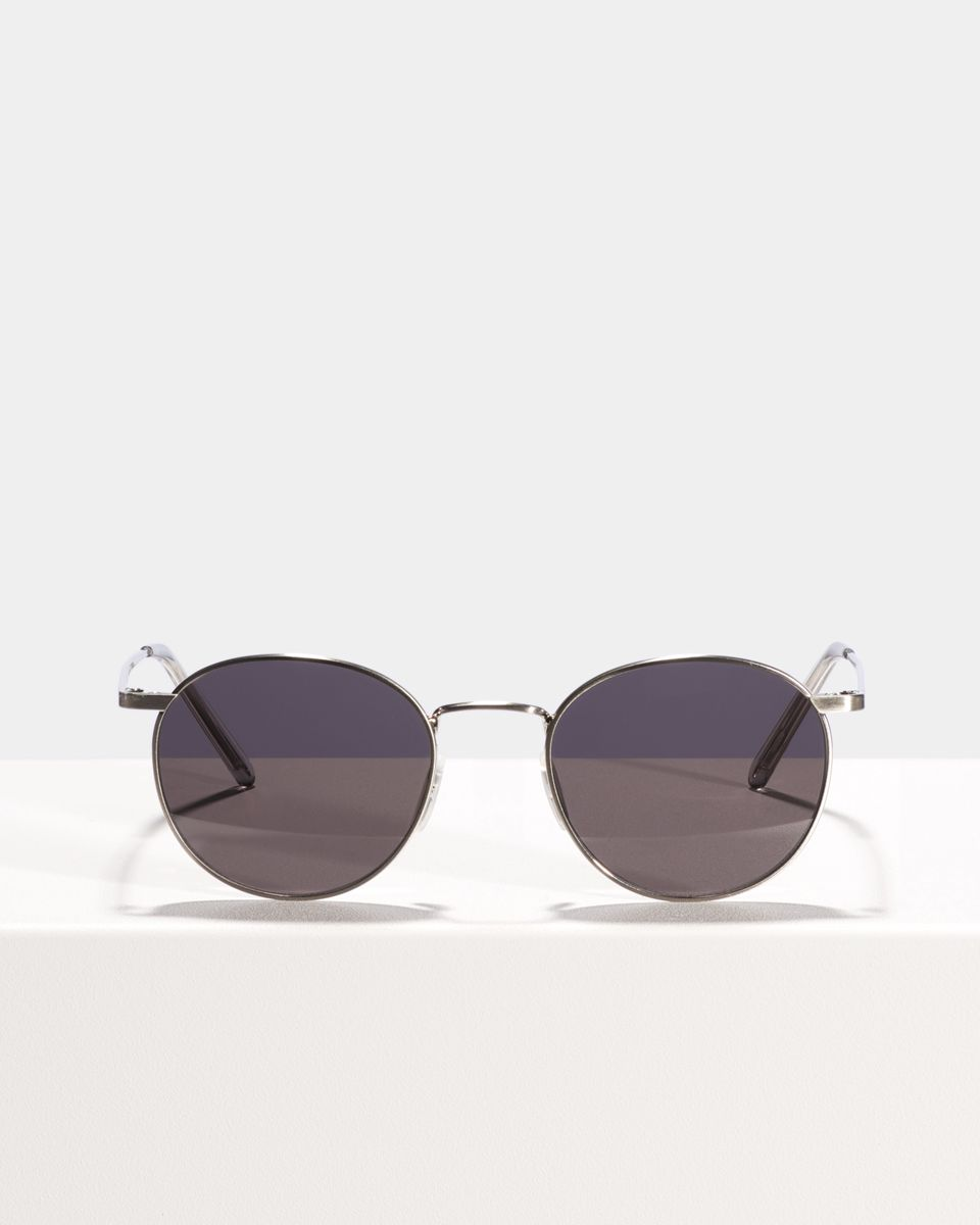 Neil rondes métal glasses in Satin Silver by Ace & Tate