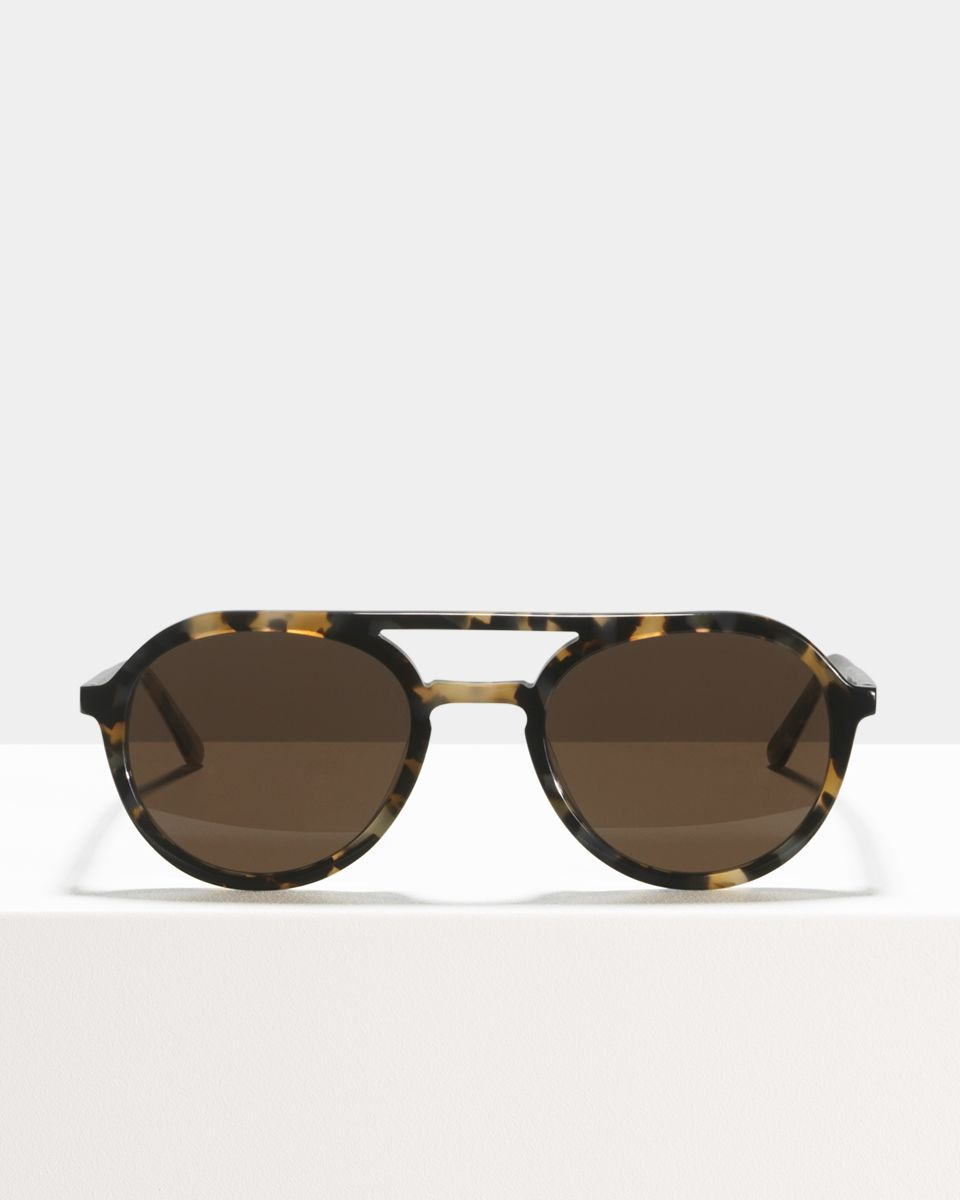 Paul rund Acetat glasses in Spaceman by Ace & Tate