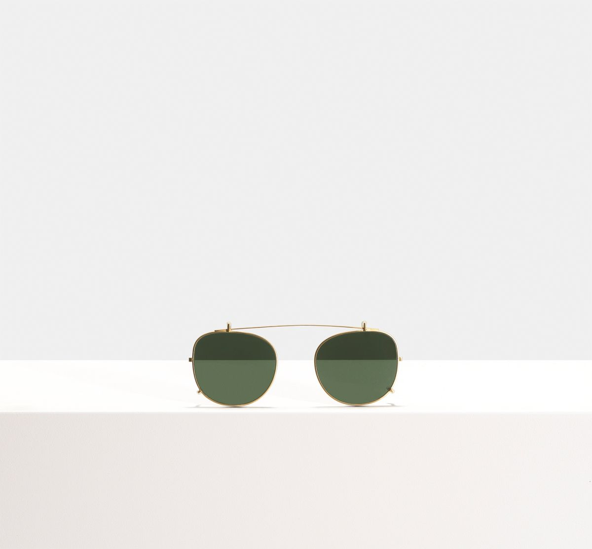 Milan clip-on other Metall glasses in Satin Gold by Ace & Tate