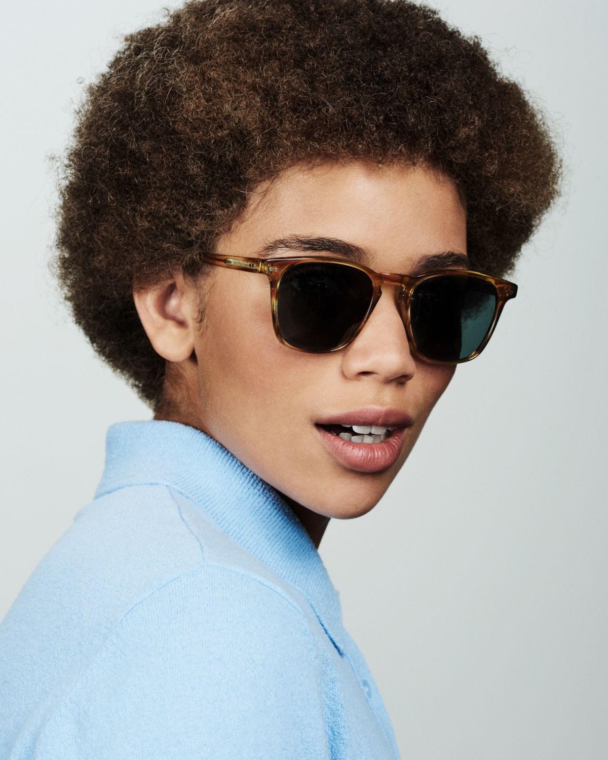Hudson square acetate glasses in Caramel Havana by Ace & Tate
